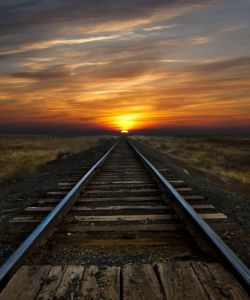 Railroad_Tracks_Converge
